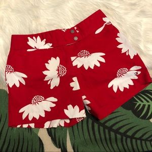 NWOT Tommy Hilfiger Daisy Shorts